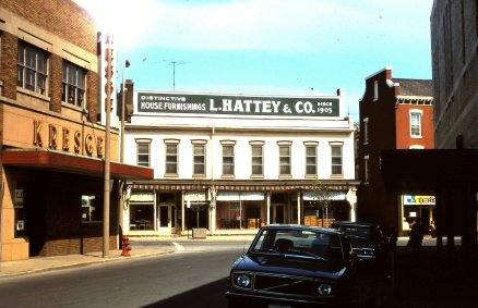 Hattey store St Psul at bottom of Willism--slide 10-d-2